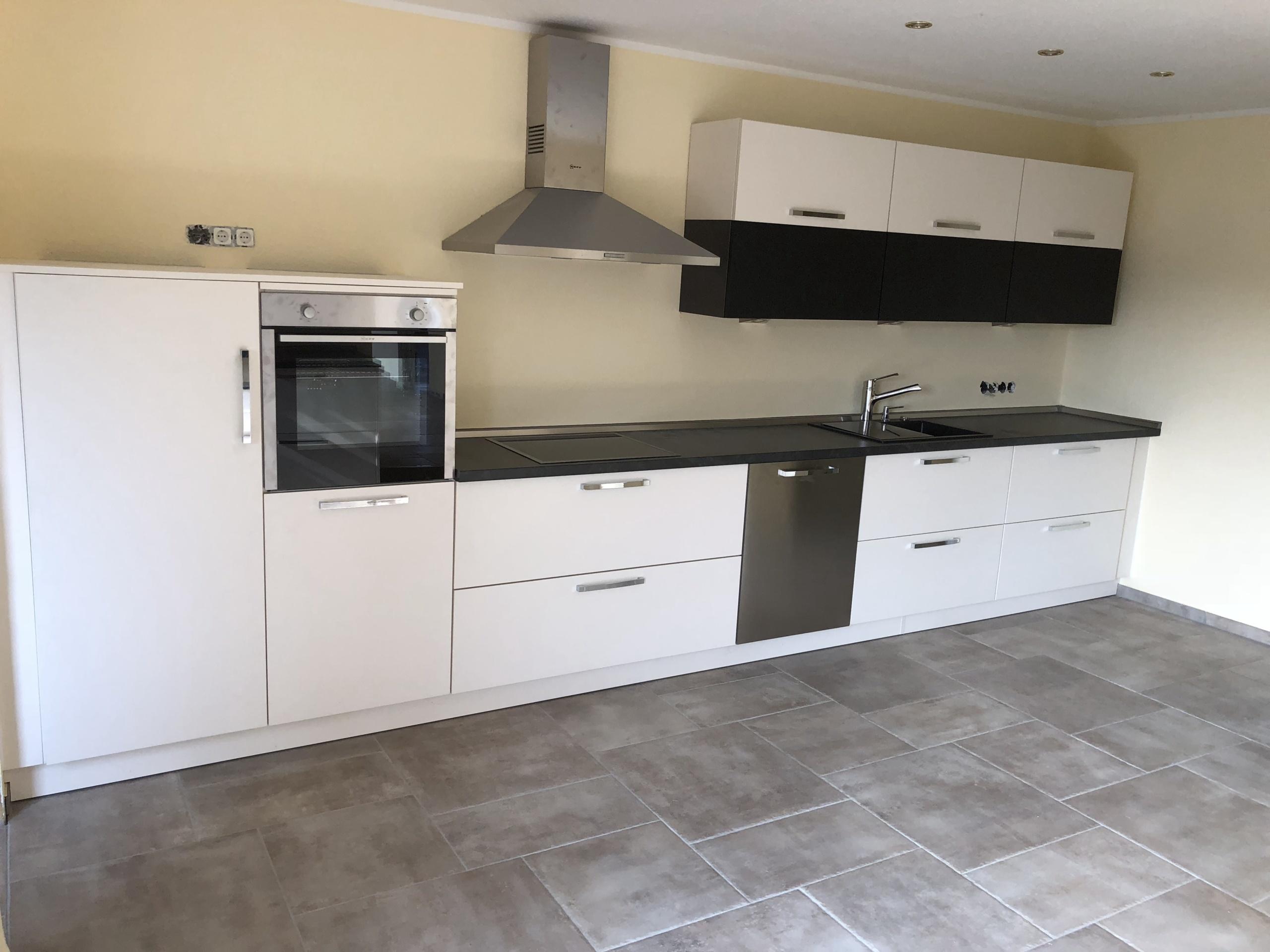Küchenzeile-Ansicht-komplett
