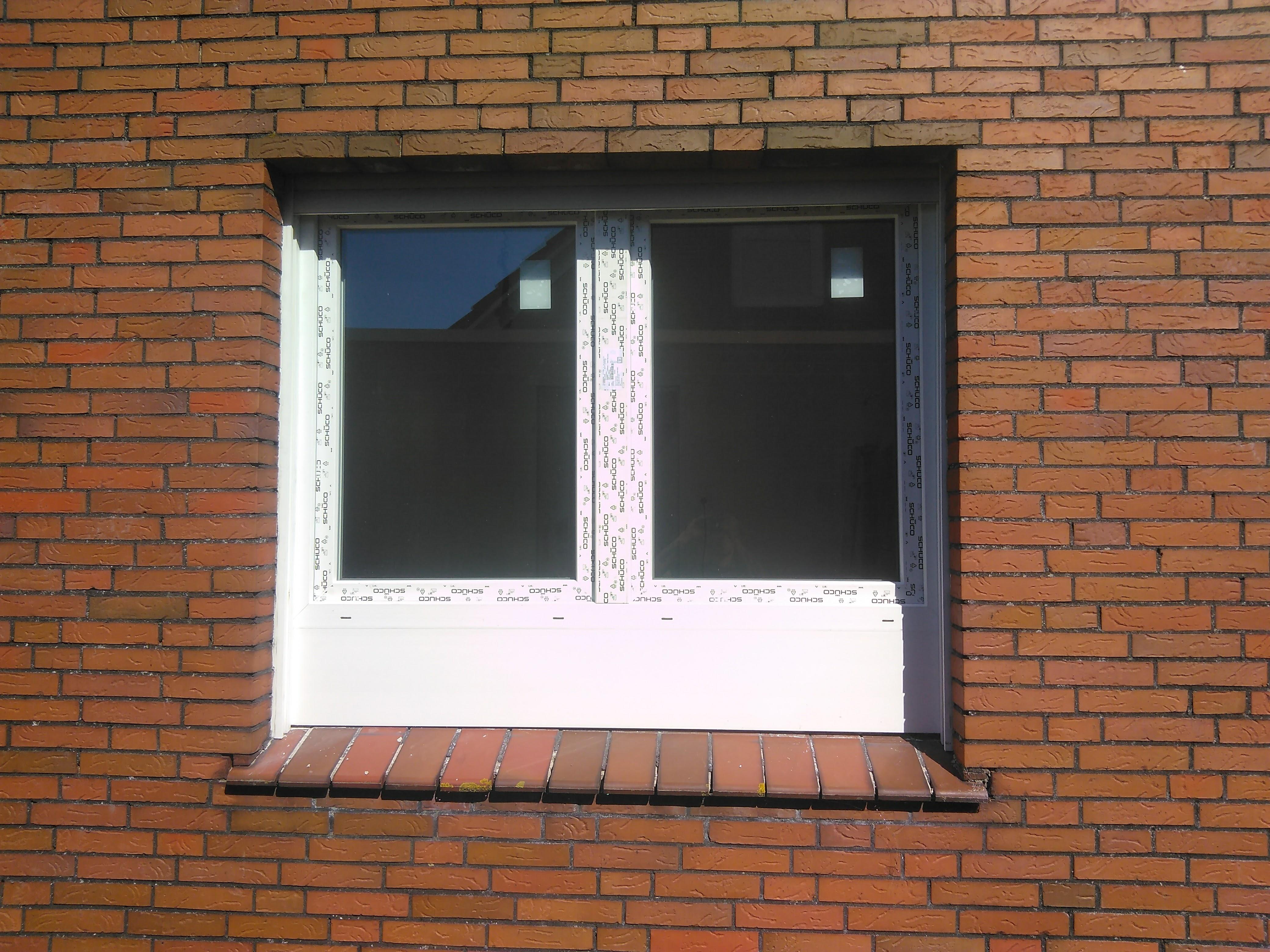 Küchenfenster mit mehrfacher Aufdopplung Frontansicht