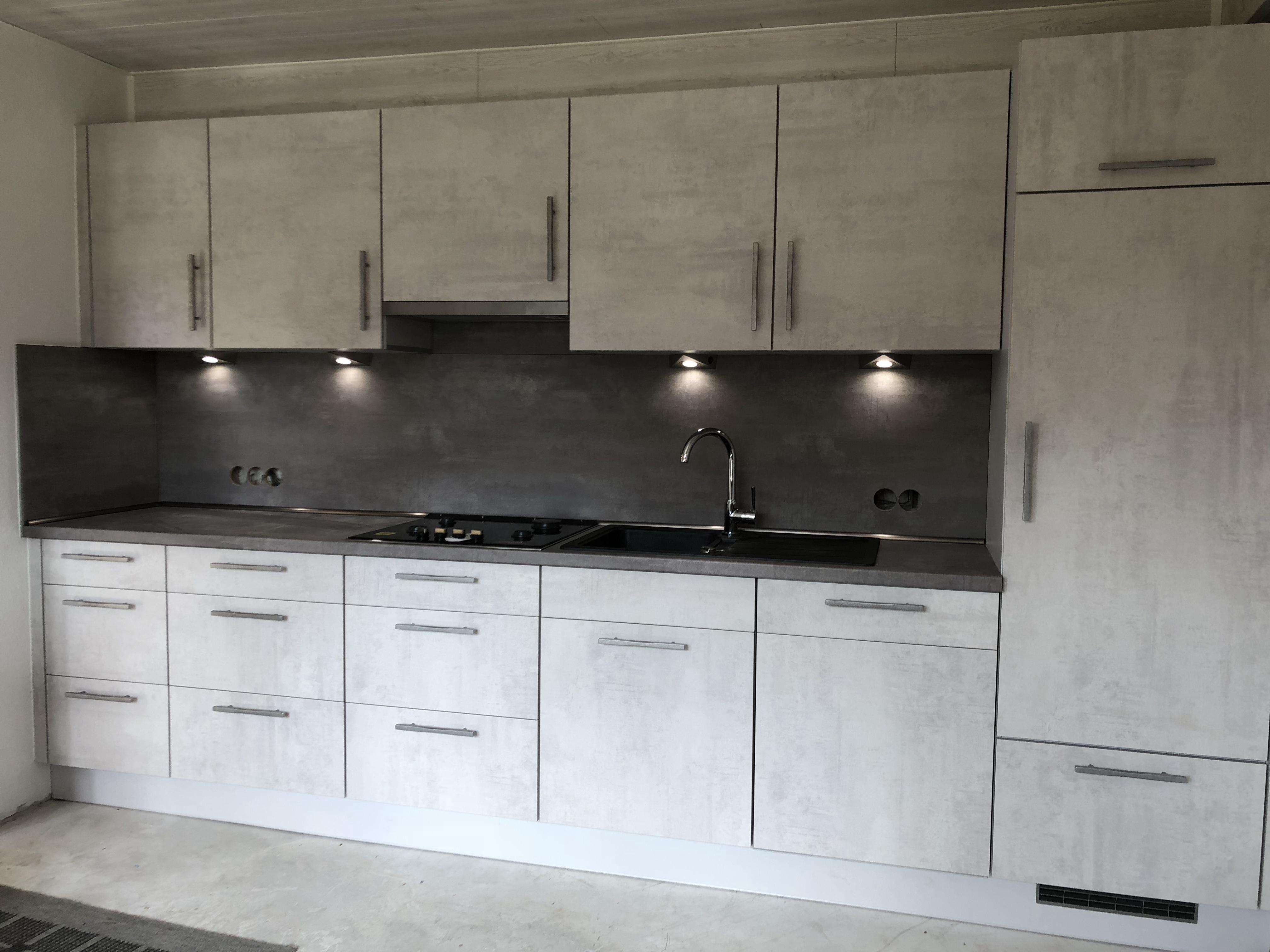 Küchenzeile in Concrete Grey
