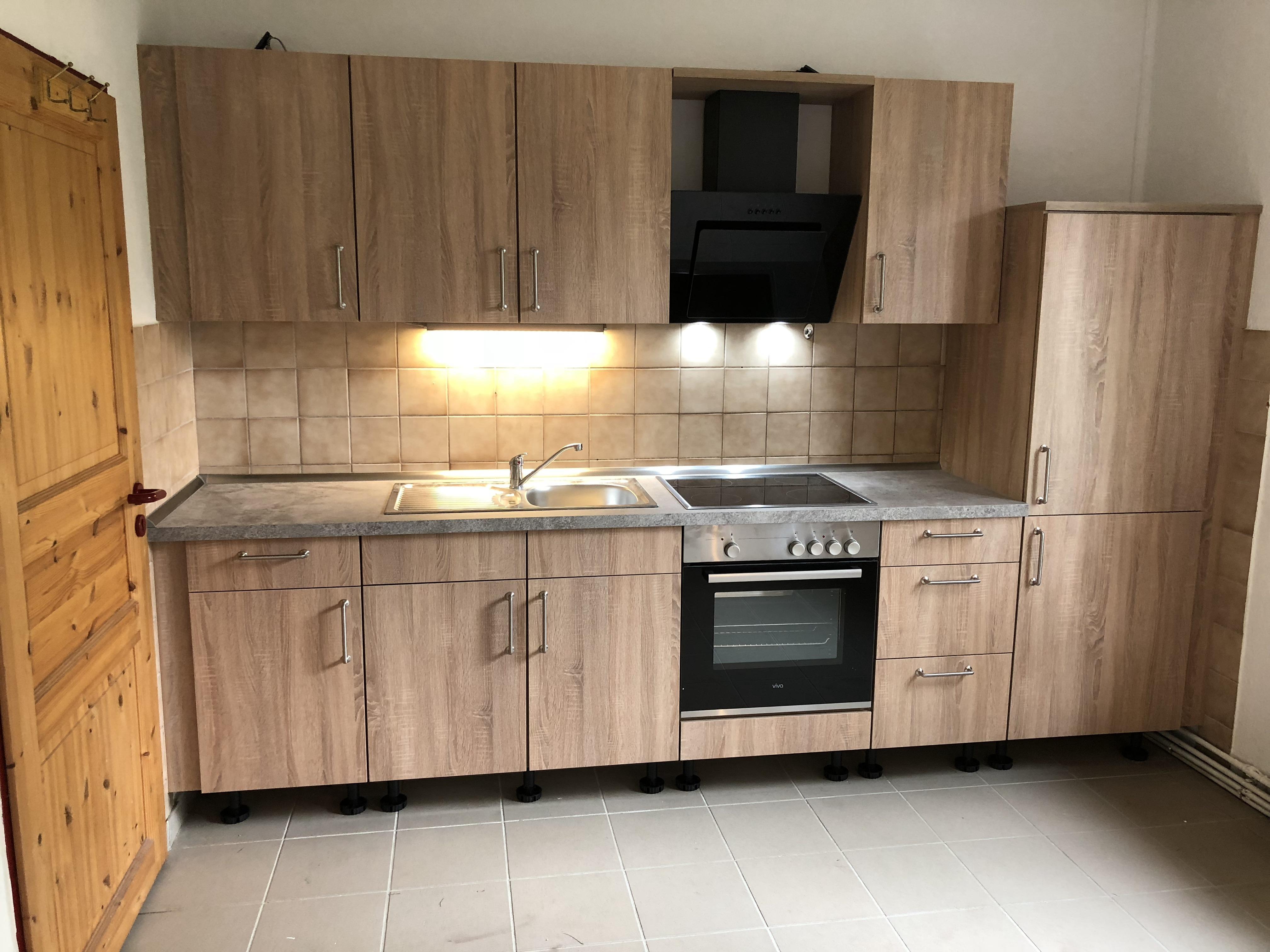 Küchenzeile in Sonoma Eiche_Wohngruppe_2