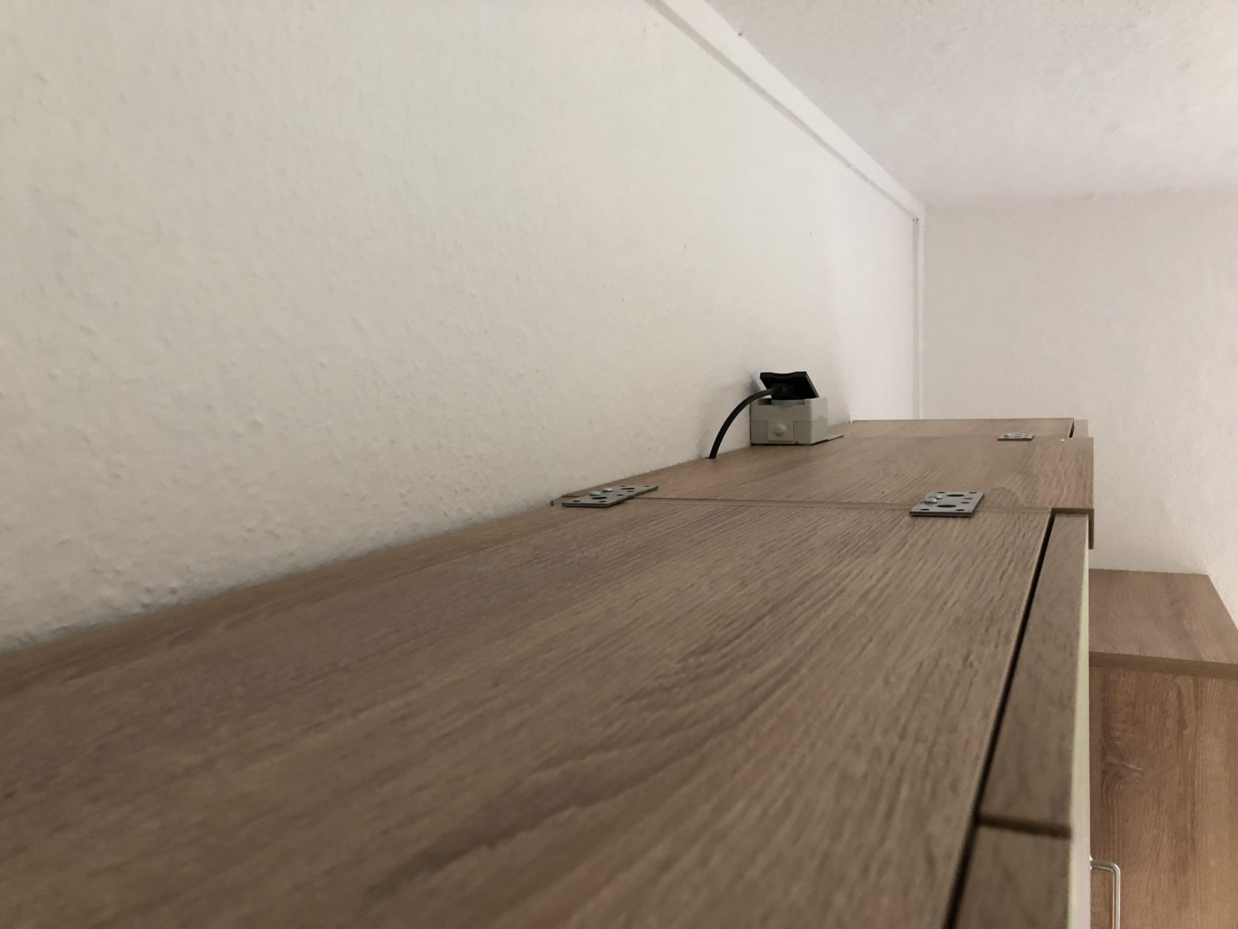 Küchenzeile in Sonoma Eiche_Wohngruppe_Steckdose